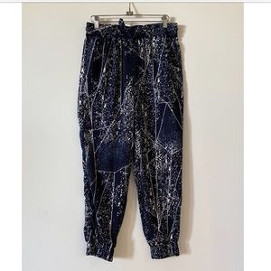 Blue and white print joggers pant